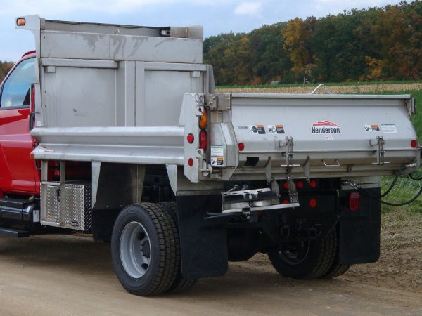 Henderson_RTS Replacement Tailgate Spreader